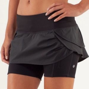 Lululemon Run: Speed Squad Skirt- Size 8